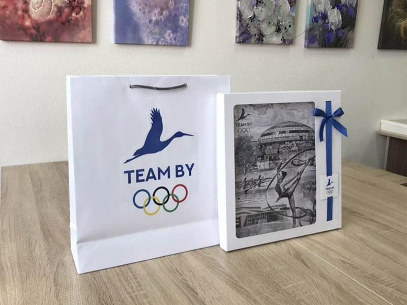 Панно GLORIS - корпоративные подарки зарубежным делегациям II Европейские игры